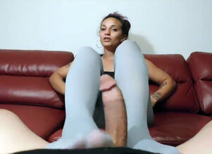 Pantyhosed 4 u