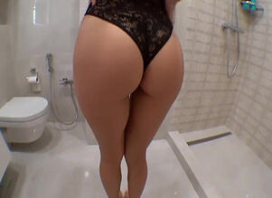 Girl squirt in shower