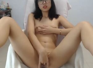 Asian girl flashing